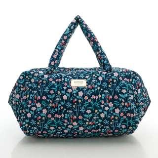 🚚 [全新] VOVAROVA時尚空氣包-週末旅行袋-啾啾草莓
