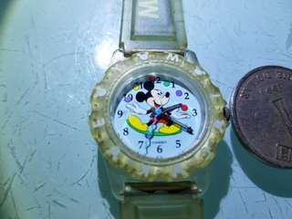 迪士尼 米奇老鼠錶,已換新電,錶帶有黃 老香港懷舊物品