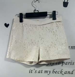 Off White Short (stretchable)