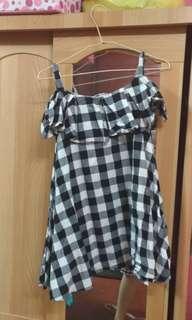 🚚 黑白格子洋裝