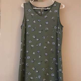 Green Gap dress (Small)