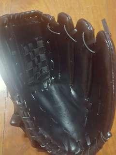RHT Black Baseball Glove