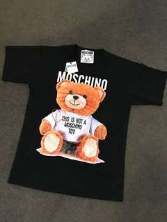 moschino tee size s with tag (oversize tee)