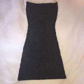 sparkly body con strapless black dress