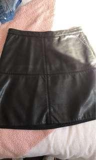 Witchery Aline pleather skirt sz 10 near new