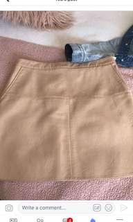 Zara Aline pleather skirt sz large fit 10
