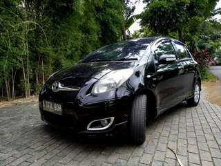 Toyota Yaris E 2011 AT dp 5jt