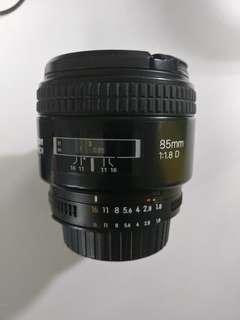 Nikon 85mm f1.8 afd