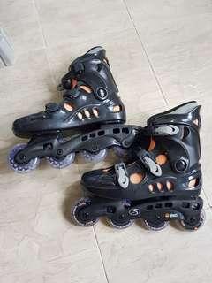 Rollerblades size 8