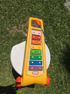 EVERYTHING MUST GO Vintage and rare little tikes xylophone musical toy