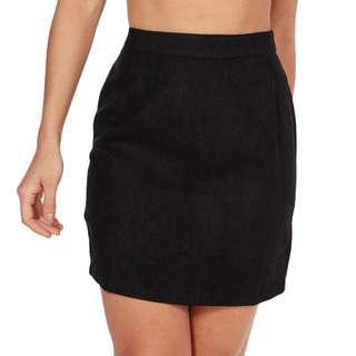 🆕 BOOHOO Suedette Mini Skirt