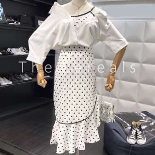TC2351 Korea 2 Pieces Off Shoulder Polka Dot Joined Together Top + High Waist Polka Dot Skirt (Black,White)
