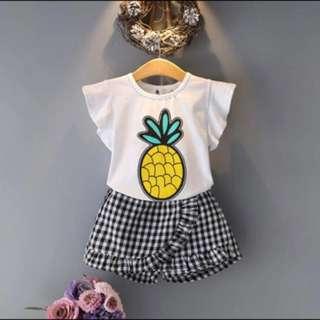 Pineapple t-shirt and shorts set