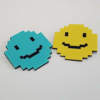 *BRAND NEW* Cute Pixel Smiley Badge (Yellow + Blue)