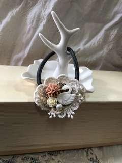 Handmade diy 貝殼天鵝 橡筋 手繩 (2用)