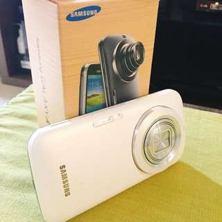 Samsung Galaxy K Zoom 8 GB like NEW!