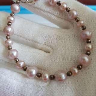 New Pearl bracelet