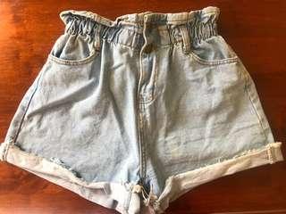 Vintage high waisted paperbag shorts