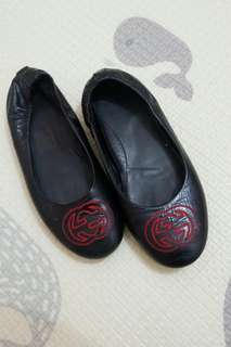 Gucci Flat shoes
