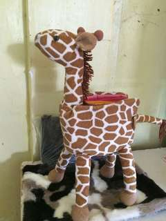 Giraffe toy/holder/organizer