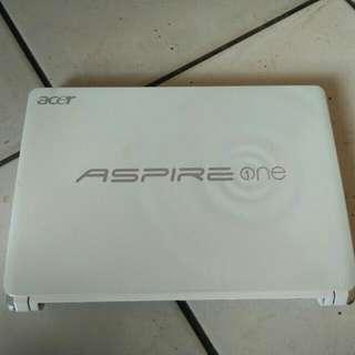 Netbook Acer Aspire Model SlimTipis