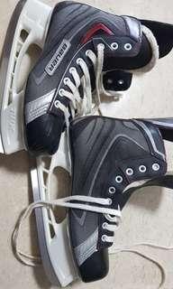 Bauer X30 Ice Skates