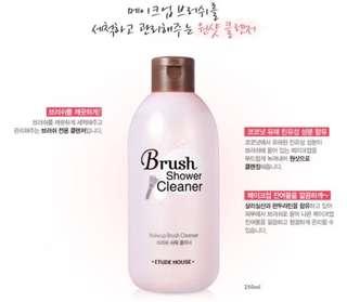 🌸Etude House Brush Shower Cleaner 250ml