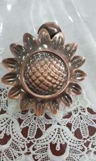 Sunflower Curtain Clips
