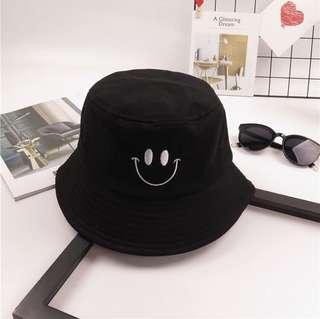 Black Smiley Buckey Hat