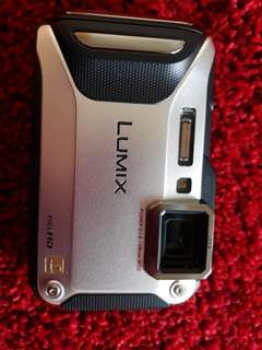 Panasonic Lumix waterproof camera DMC-FT5
