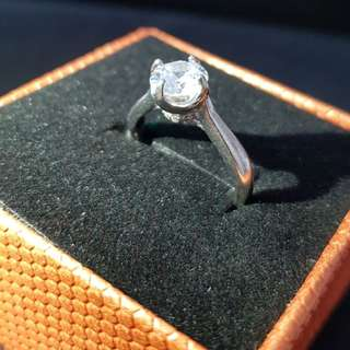 Solitaire Zircon Ring in Pure 925 Sterling Silver