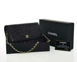 Chanel WOC Camellia