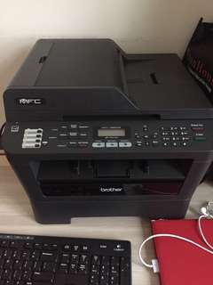 Brother printer / fax machine along with extra cartridge !