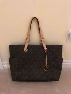 Michael Kors Monogram Laptop Tote/Bag