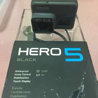 For sale go pro hero5 second hand good as new if interested pls call or text 09284911191