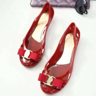 Flat shoes jelly red