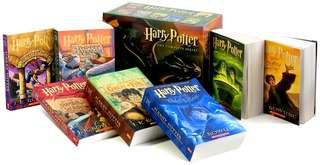(READY STOCK) Harry Potter Paperback Box Set (Books 1-7)