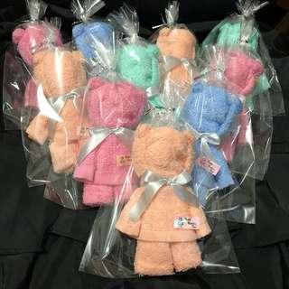 Hand-folded teddy bears