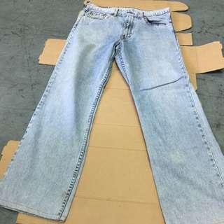 levi's jeans (O)