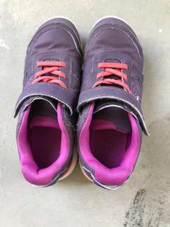 New Feel Shoes (Good Condition)
