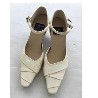 Camui water genuine Leather pumps with strap Japanese size34