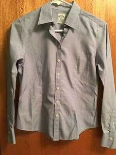 Brooks Brother Non-Iron Fitted Blue Dress shirt