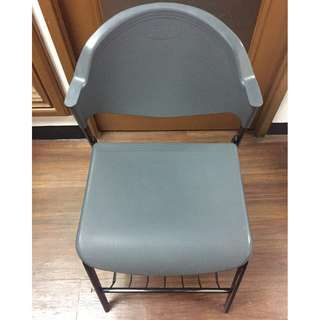 Plastic Chair with and Without Footrest