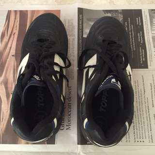 soccer boots for sale - $10 only