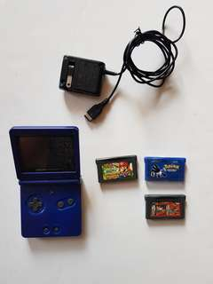 Gameboy Advance Sp Ags 001 W/4 games and charger