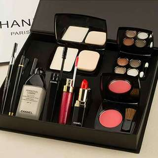 Chanel Makeup 9in1 Set