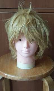 金色造型短假髮