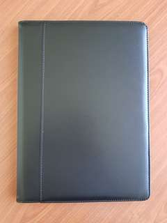 Folder A4 (Black Synthetic Leather)