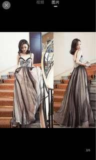 Long gown for dinner