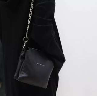 BN Faux Leather Chain Bag in BLACK (Free Normal mail)